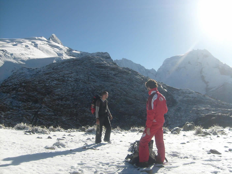 vallunaraju mountain climbing 13