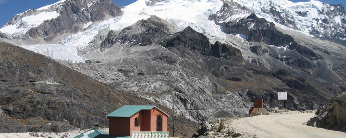 Andes Camping Expeditions Llanganuco-Santa-Cruz-trekking-53-1200x480 Trekking