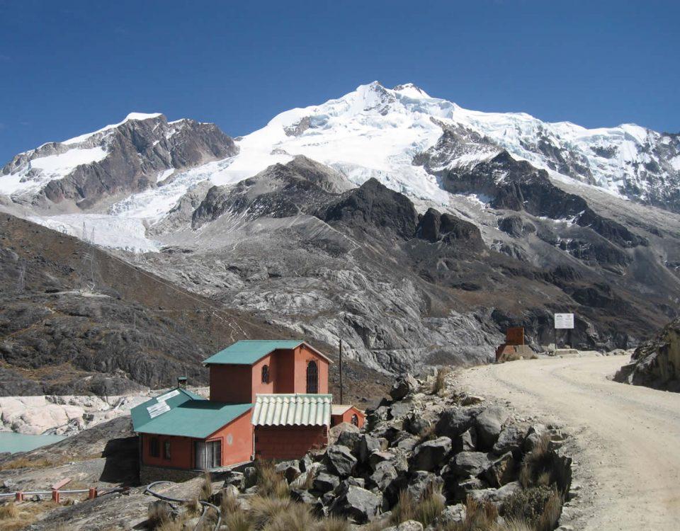 Andes Camping Expeditions Llanganuco-Santa-Cruz-trekking-53-960x750 Trekking