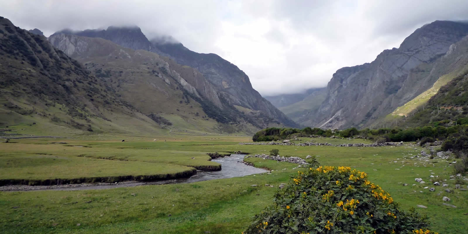 Andes Camping Expeditions huayhuash-trekking