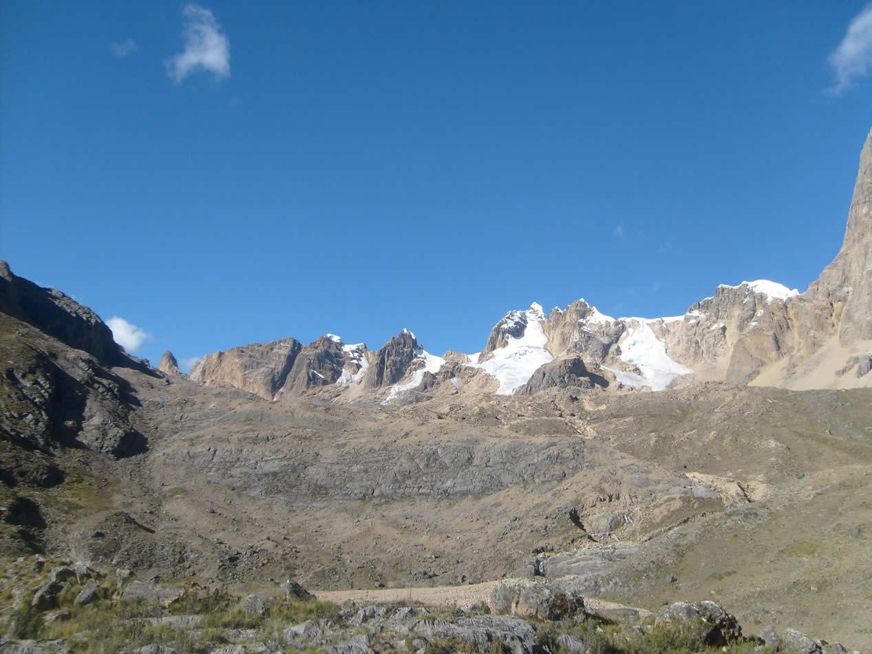 huayhuash trekking 384